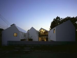 4連の家 / Tokyo